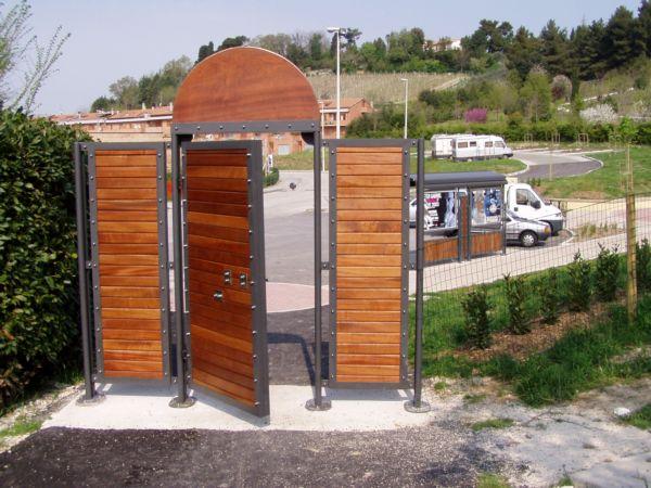 Cancello in ferro e legno – ASG S.r.l.